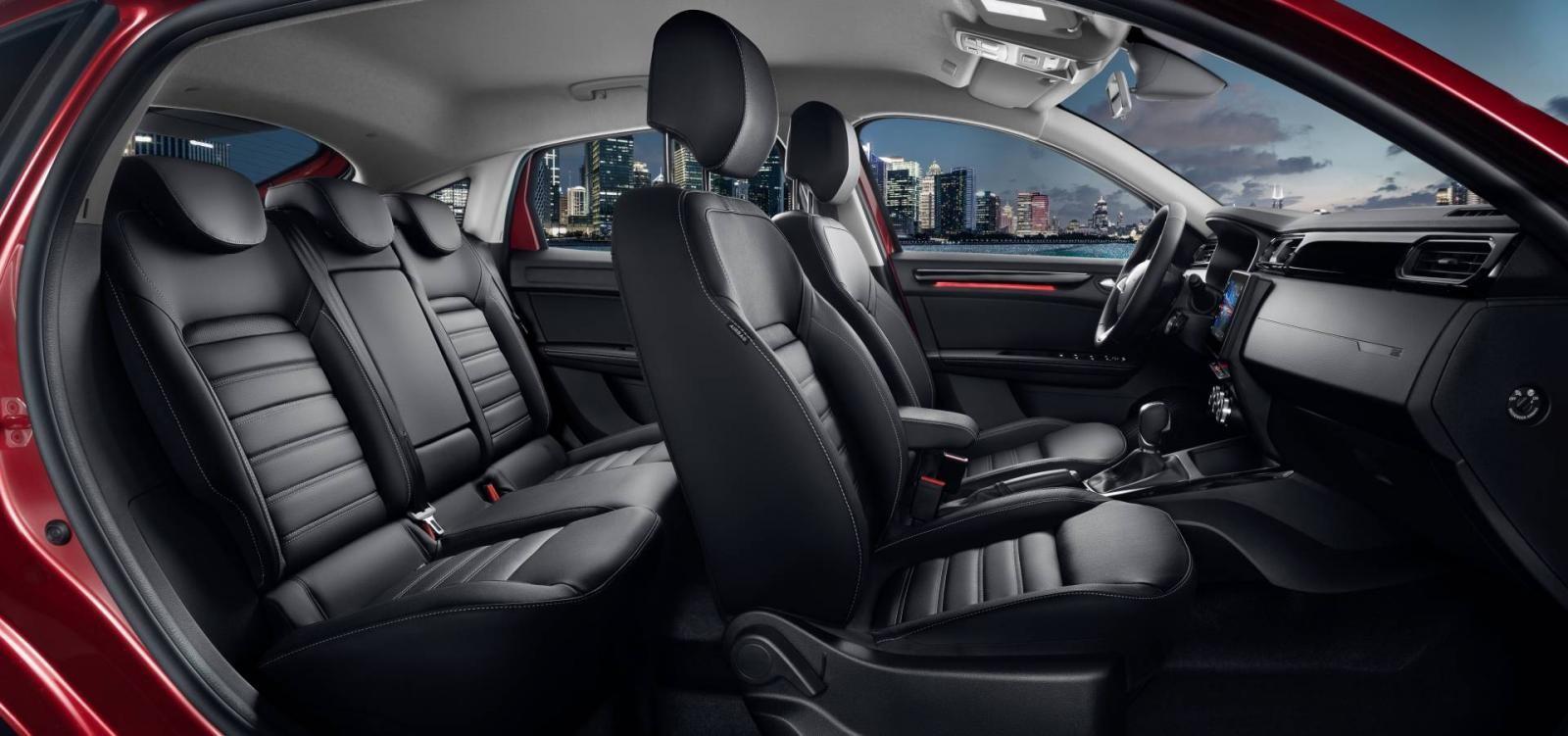 Nội thất 5 chỗ bên trong Renault Arkana 2019
