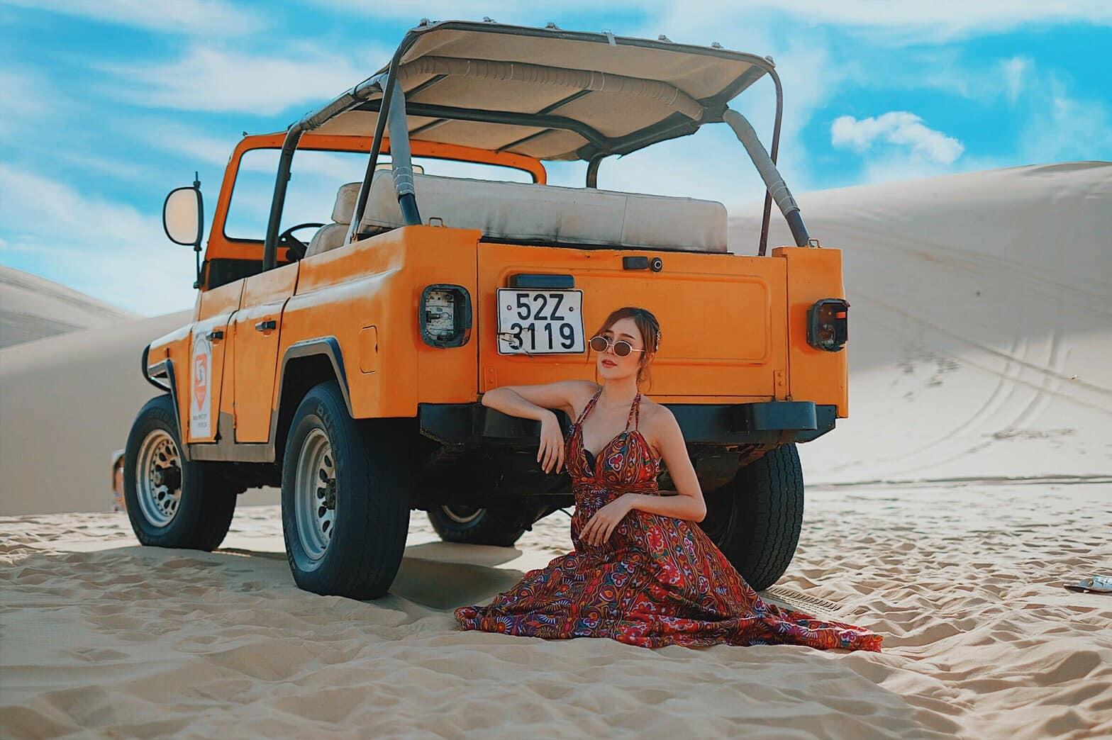 Dàn người mẫu Thái Lan thả dáng tung bay trên những đồi cát ở Mũi Né - 9