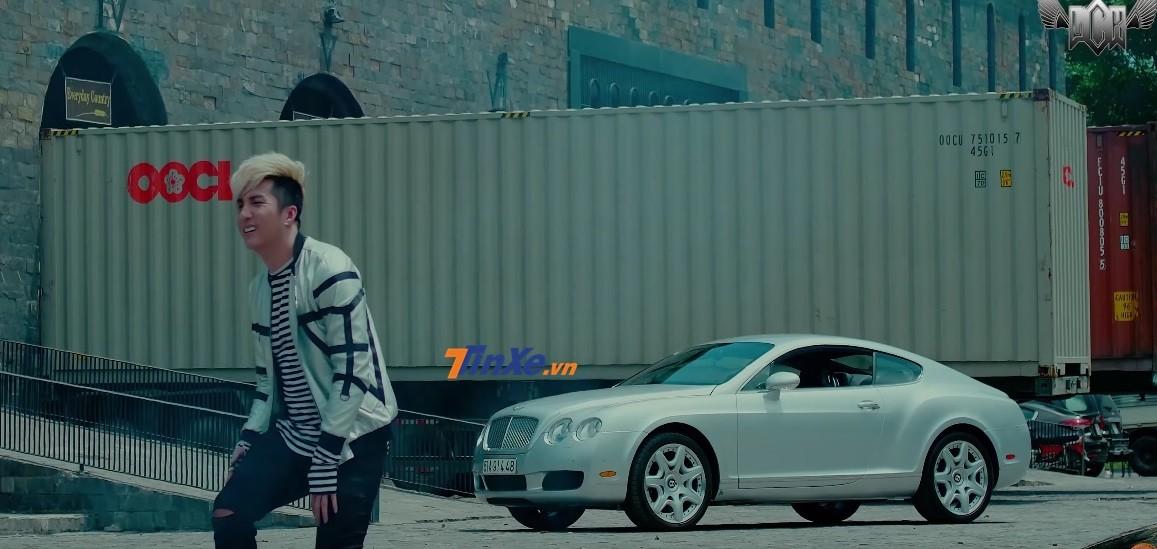 Lâm Chấn Khang còn mang chiếc xe siêu sang Bentley Continental GT vào Cái Chết Của Trần Hạo Nam