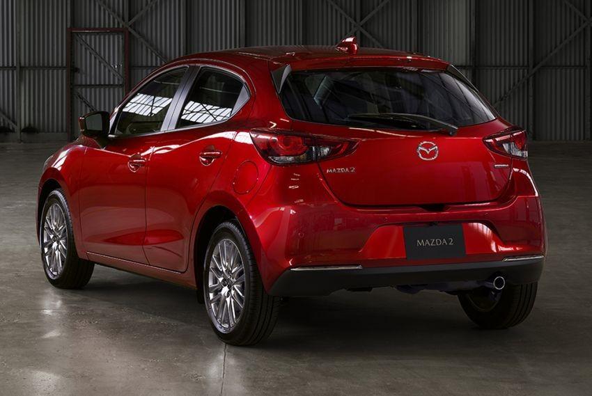 Mazda2 2019 nhìn từ phía sau