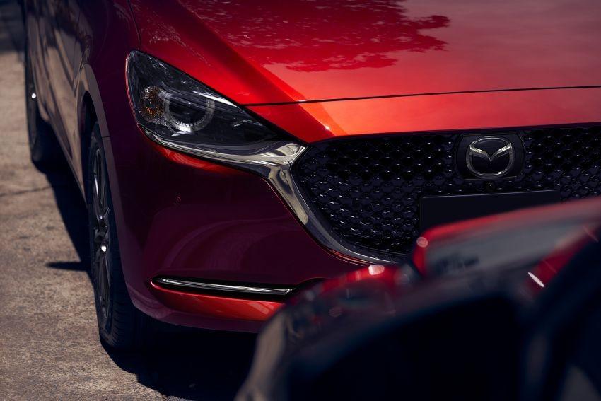 Mazda6 2019 có hệ thống đèn pha LED thích ứng tùy chọn