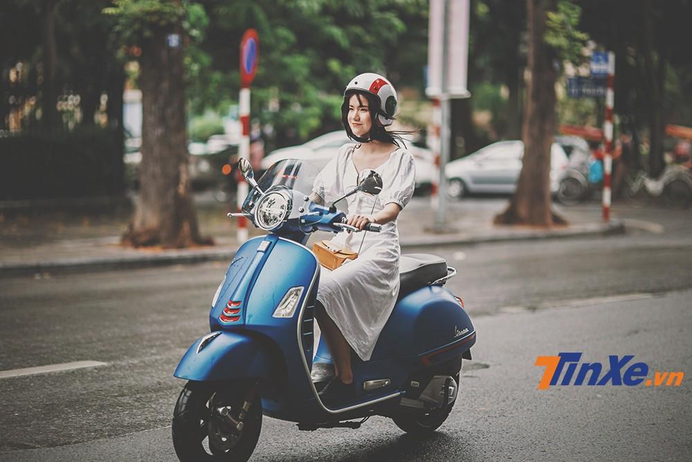 """Vespa GTS 150 iGet lãng mạn cùng """"nàng thơ"""" trong gió thu Hà Thành - 7"""