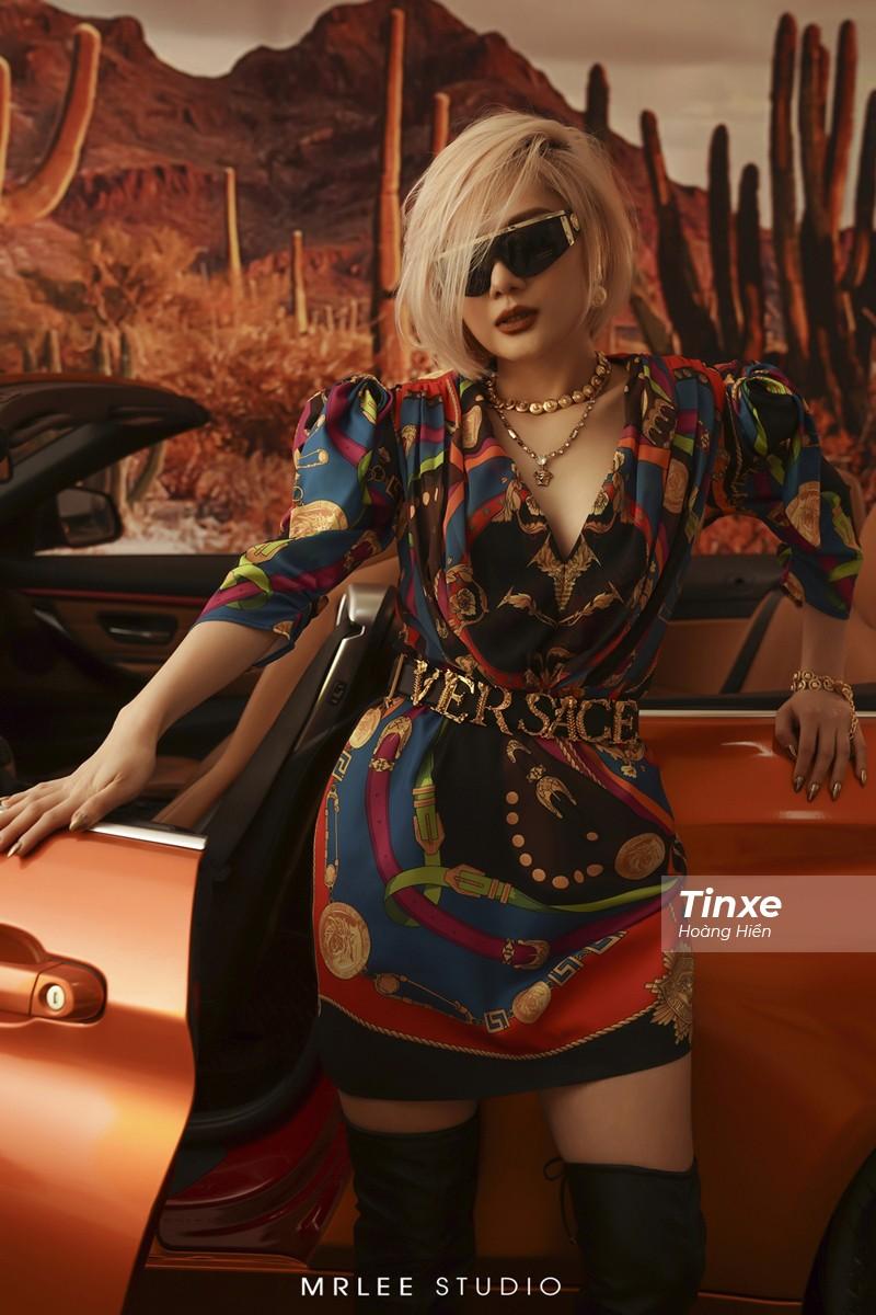"""Linh Remy khoe vẻ đẹp cá tính và cực """"Tây"""" bên chiếc BMW mui trần - 18"""