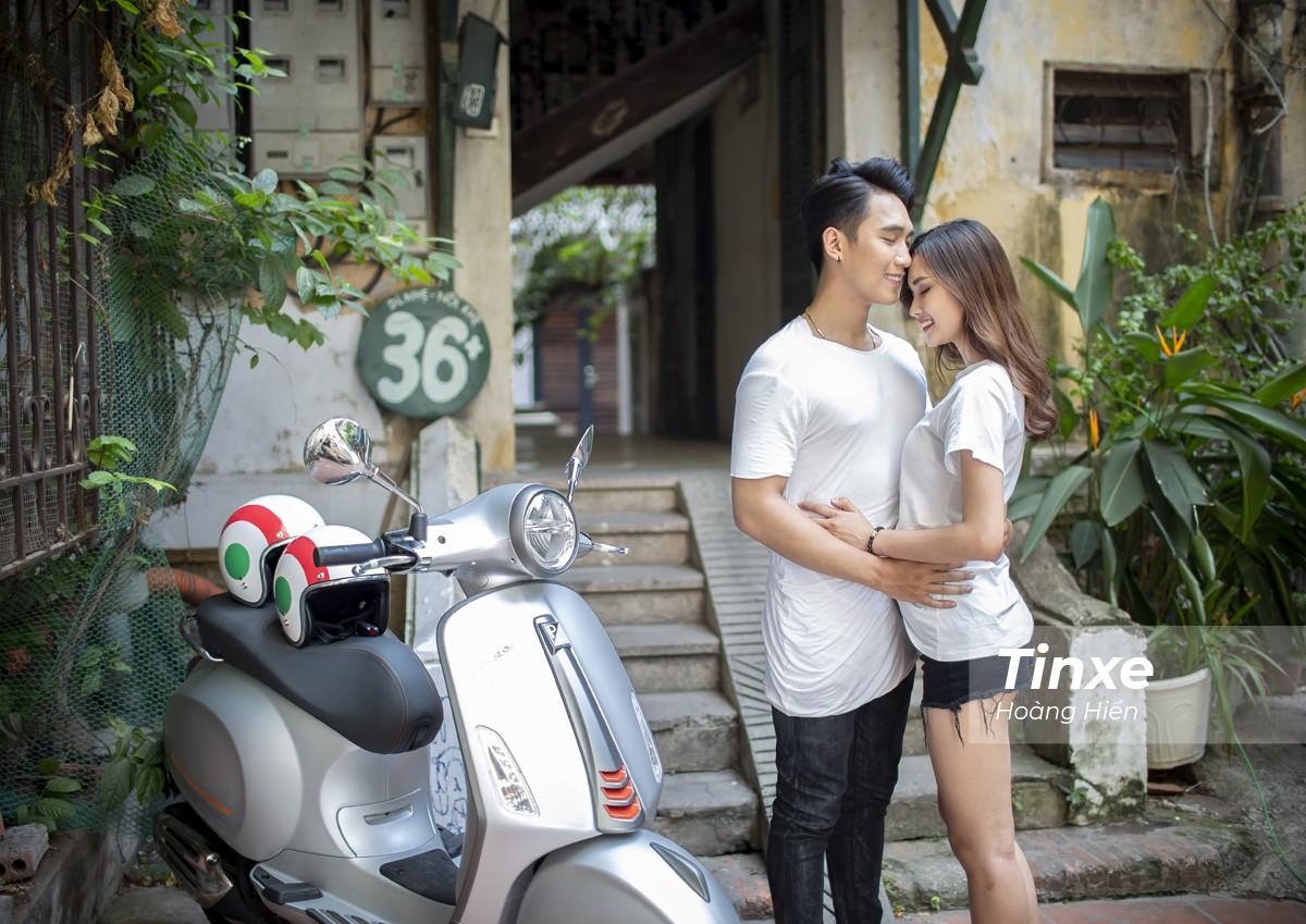 Cặp đôi xuống phố cùng Vespa Primavera ABS - 9