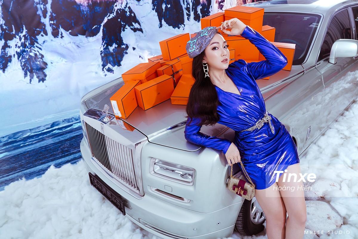 """""""Công chúa hàng hiệu"""" Thu Trà bên hai siêu phẩm Rolls-Royce Phantom Hadar và Aston Martin Rapide S - 6"""