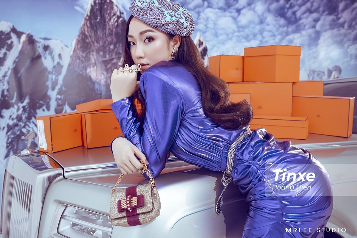 """""""Công chúa hàng hiệu"""" Thu Trà bên hai siêu phẩm Rolls-Royce Phantom Hadar và Aston Martin Rapide S - 11"""