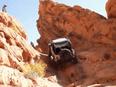 Những pha ngã ngửa của Jeep Wrangler khi off-road