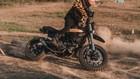 """Video: Xem các biker Ducati Scrambler Hà Nội """"phá xe"""" trăm triệu trên đường off-road"""