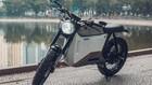 """Video: Ngỡ ngàng với phiên bản """"lột xác"""" từ xe điện Dat Bike Weaver của xưởng độ Việt Zife Design"""