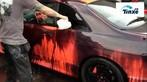 Kỳ lạ siêu xe Nissan Skyline R33 đổi màu vì nước nóng