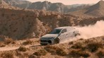 Xem Lamborghini Urus vượt đồi núi