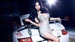 Mát mắt cùng người mẫu diện váy xẻ ngực sâu gợi cảm bên siêu xe Porsche 911 GT3 RS - 1