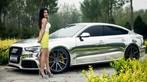 Vương Đóa Đóa tạo dáng đáng yêu, nhí nhảnh bên Audi A5 mạ bạc toàn thân - 3