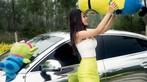 Vương Đóa Đóa tạo dáng đáng yêu, nhí nhảnh bên Audi A5 mạ bạc toàn thân - 5