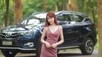 """Tức mắt với bộ ảnh """"vợ nhà người ta"""" tạo dáng xinh đẹp bên Soueast DX7 Prime - 2"""