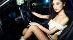 Người đẹp Y Ngạn khoe dáng gợi cảm, rửa xe mát mẻ bên BMW 3-Series F35 - 8