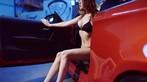 Nóng người với hình ảnh Lưu Tịnh Di diện bikini, khoe thân thể nuột nà bên BMW 1M - 15