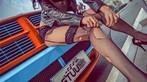Người đẹp Nhan Đan khoe thân hình bốc lửa bên bán tải Dodge Ram SRT-10 - 11