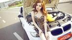 Mỹ nhân diện váy da báo gợi cảm bên BMW M3 độ - 7