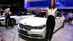 Ngắm nhìn một vòng những người mẫu thanh lịch ở Triển lãm Ô tô Paris 2018 - 17
