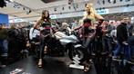 Không chỉ có mô tô đẹp, triển lãm Intermot 2018 còn có đầy người mẫu cá tính - 12