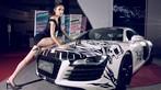 Ngắm nhìn Audi R8 V10 Quattro độ thân vỏ lạ mắt sánh đôi chân dài kiêu sa - 9