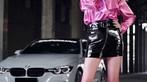 Mãn nhãn trước người mẫu Ukraine khoe thân thể bốc lửa bên BMW 320i M - 19