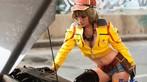 Thiếu nữ Việt cosplay cô nàng sửa xe gợi cảm Cindy Aurum trong ngày đầu năm