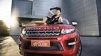 Người mẫu Na Đóa diện trang phục gợi cảm bên Range Rover độ hình rồng bắt mắt - 6