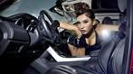 Người mẫu Na Đóa diện trang phục gợi cảm bên Range Rover độ hình rồng bắt mắt - 5