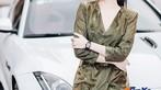 Á hậu Huyền My khoe dáng nuột bên Jaguar F-Type mới sắm - 5