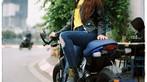 Thiếu nữ Việt khoe vẻ cổ điển cùng Ducati Scrambler Cafe Racer qua nước ảnh film - 7