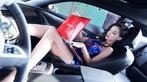 """Ngắm """"nữ thần gợi cảm"""" Lí Dĩnh Chi tạo dáng đầy phong cách trong xe - 8"""