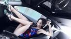 """Ngắm """"nữ thần gợi cảm"""" Lí Dĩnh Chi tạo dáng đầy phong cách trong xe - 1"""