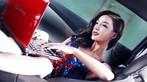 """Ngắm """"nữ thần gợi cảm"""" Lí Dĩnh Chi tạo dáng đầy phong cách trong xe - 4"""