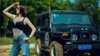 """Mỹ nhân khoe thân thể khỏe khoắn, vòng 1 căng đầy cùng xe """"Jeep Trung Quốc"""" - 11"""