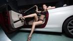 Mỹ nhân mặc nội y màu đen gợi cảm, khoe thân thể diễm lệ cùng BMW mui trần - 7
