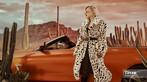 """Linh Remy khoe vẻ đẹp cá tính và cực """"Tây"""" bên chiếc BMW mui trần - 17"""