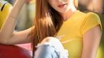 Thiếu nữ xinh như Trương Bá Chi khoe bụng phẳng, ngực tròn bên xe minivan - 5