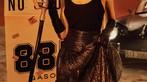 """Nữ ca sĩ MIN khoe vẻ đẹp cá tính bên """"hàng hiếm"""" Porsche 356A Speedster - 3"""