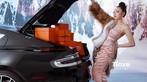 """""""Công chúa hàng hiệu"""" Thu Trà bên hai siêu phẩm Rolls-Royce Phantom Hadar và Aston Martin Rapide S - 14"""