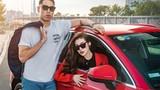 Á hậu Dương Tú Anh khoe dáng thể thao bên Audi Q3 2020 - 7