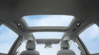 Cửa sổ trời - trang bị phản tác dụng, gây nóng ô tô vào mùa hè