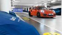 Nơi bí mật lưu giữ hàng trăm chiếc siêu xe ở London