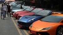 Cao đẳng Bách Khoa Wuchang đón tân sinh viên bằng… siêu xe