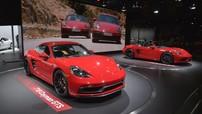 """""""Cặp đôi song sinh"""" màu đỏ rực Porsche 718 GTS chính thức trình làng, giá từ 1,8 tỷ Đồng"""