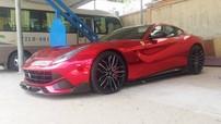 """Ferrari F12 Berlinetta độ """"khủng"""" của người chơi xe Vũng Tàu tiếp tục thay áo mới"""