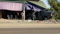 Quảng Ninh: Xe bán tải Ford Ranger lao vào nhà dân khiến 1 người tử vong