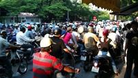 Chống tắc đường và ô nhiễm - Cuộc chiến mới của Việt Nam trong thời bình