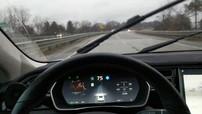 Đây là tính năng tưởng chừng như rất phổ biến nhưng lại thiếu ở xe Tesla